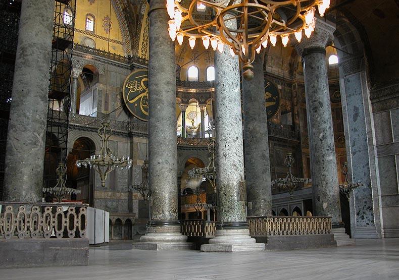 Columns of Vrede Antico in Hagia Sophia