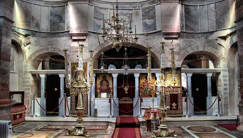 Iconostasis in New Moni on Chios