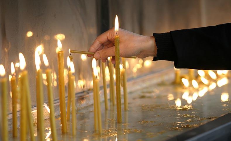Candless in Hagia Sophia