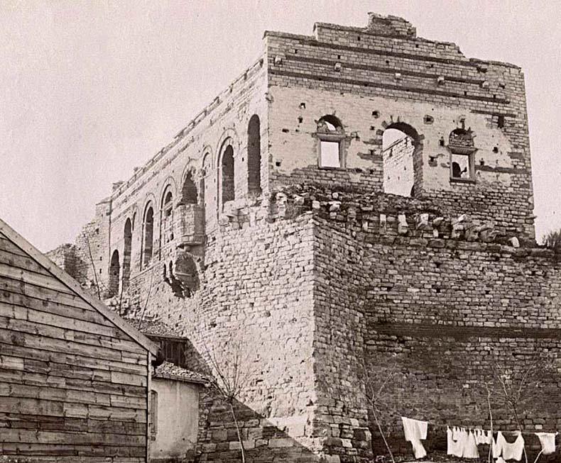 Facade of Tekfur Sayari