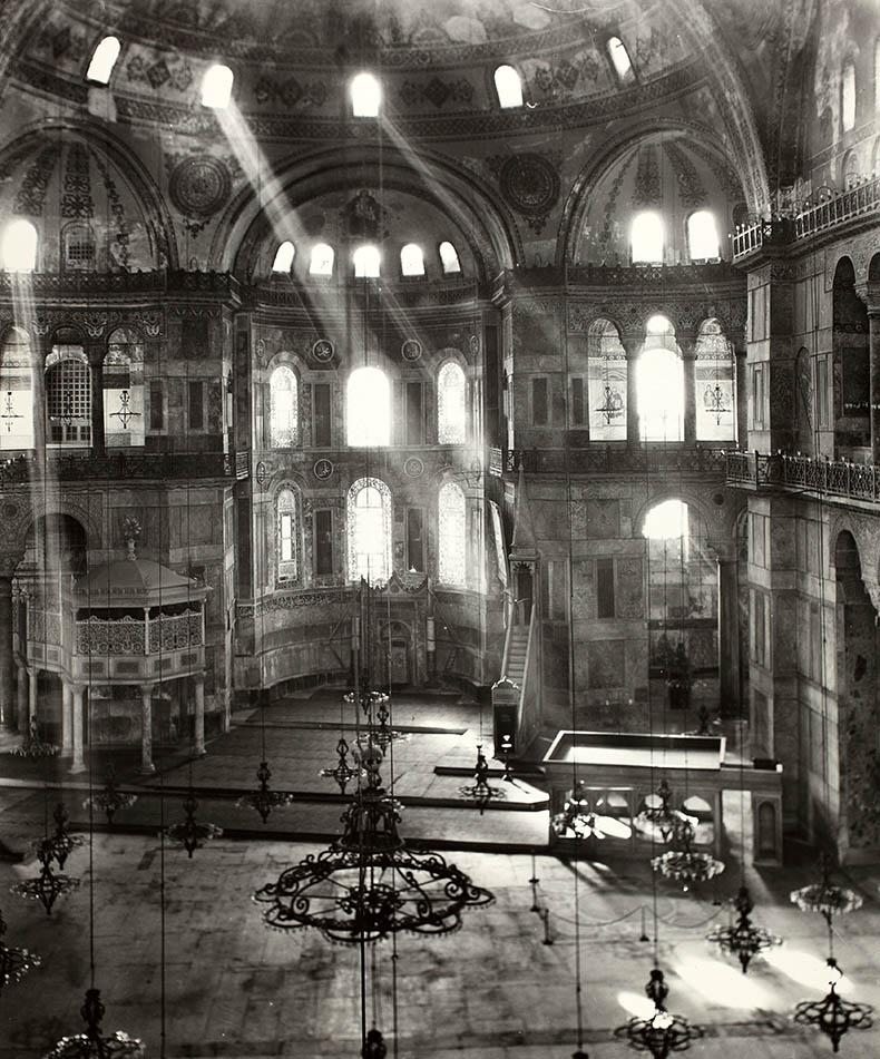 Spiritual Light in Hagia Sophia