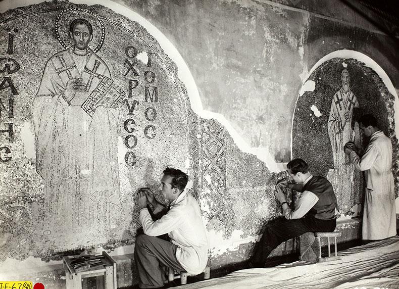 restorers working in Hagia Sophia