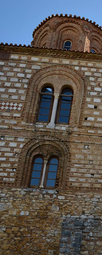 Church in Arta - the Parigortissa