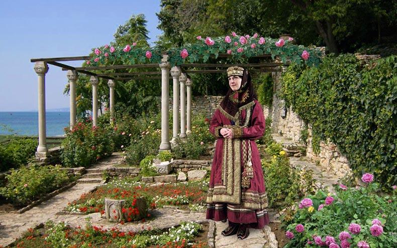 A garden in Constantinople