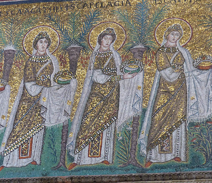 Female procession of martyrs in Ravenna