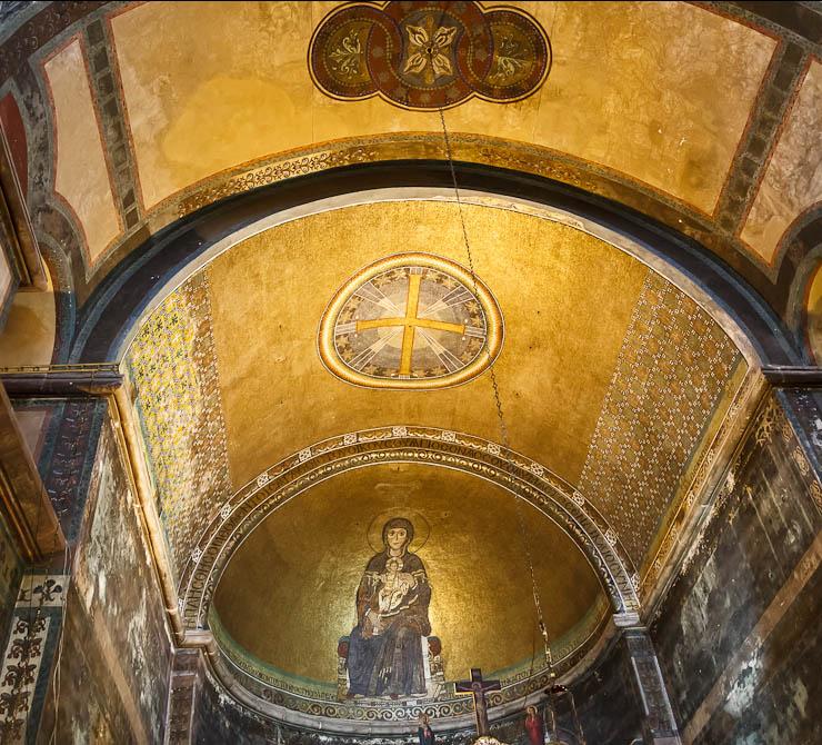 Virgin and Child Apse mosaic in Hagia Sophia